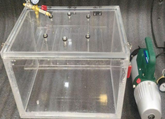 clear acrylic vacuum cube chamber
